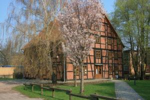 Radtour zum Deutscher Mühlentag @ Abfahrt an der Ölmühle