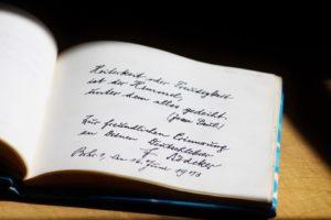"""""""Karoline"""" liest aus ihrem Poesiealbum @ Mühlentreff"""